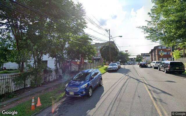 parking on 3rd Avenue in Newark
