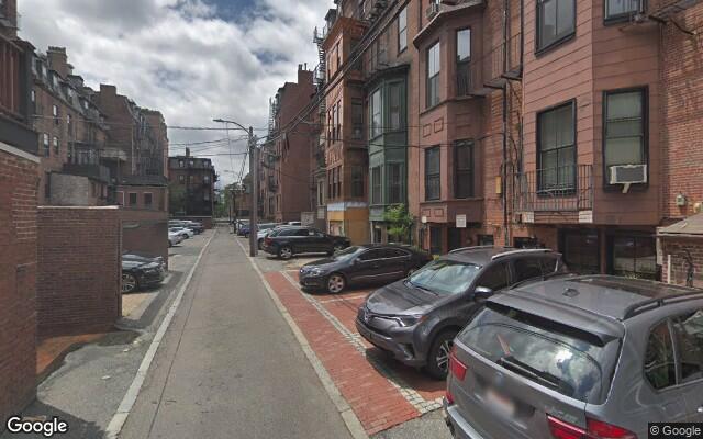 parking on Beacon Street in Boston