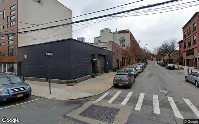 parking on Bond St & President St in Brooklyn