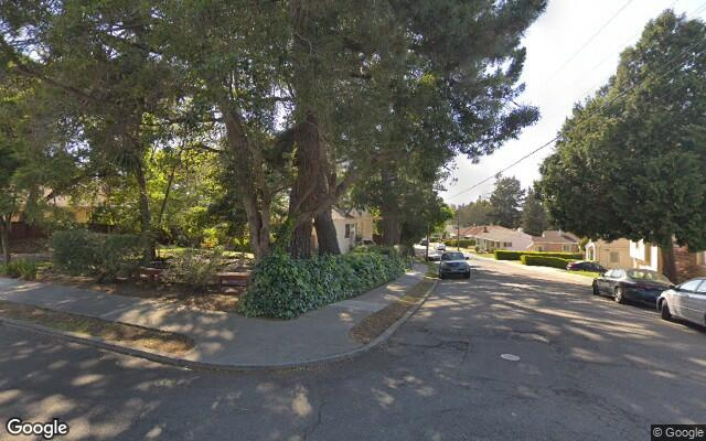parking on Circle Hill Dr in Oakland