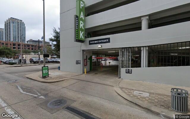 parking on Fannin Street in Houston