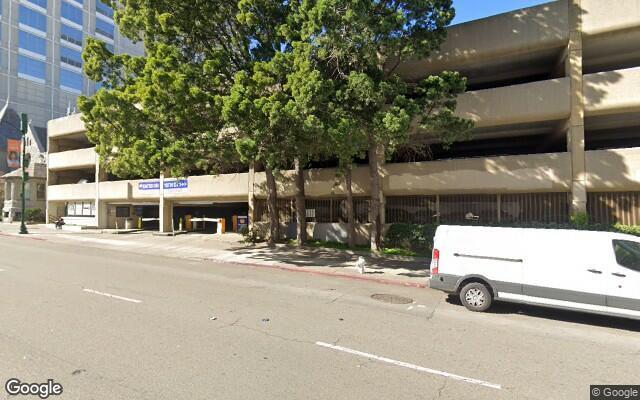 parking on Franklin Street in Oakland