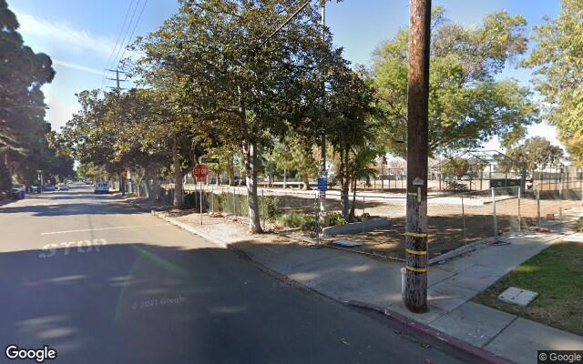 parking on Granville Avenue in Los Angeles