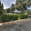 Driveway parking on Granville Avenue in Los Angeles