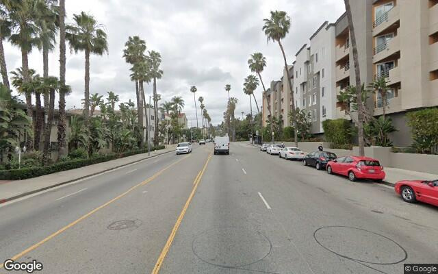 parking on Hollywood Boulevard in Los Angeles