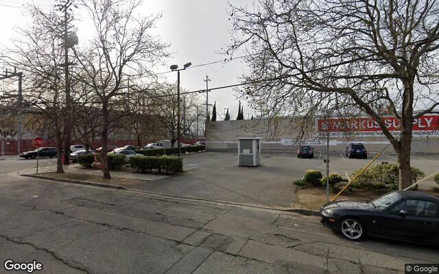 parking on Jefferson Street in Oakland