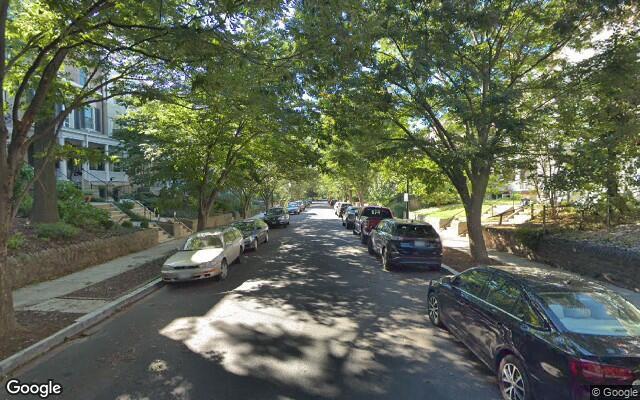 parking on Lamont St NW in Washington