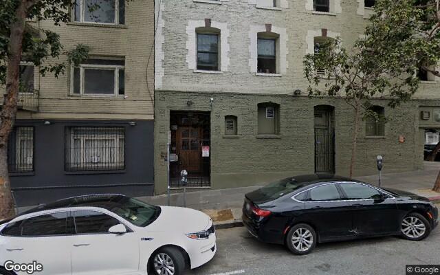 parking on Leavenworth Street in San Francisco