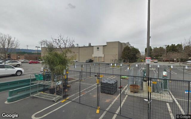 parking on Manzanita St in Redwood City