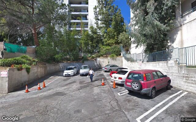 parking on N La Cienega Blvd in West Hollywood