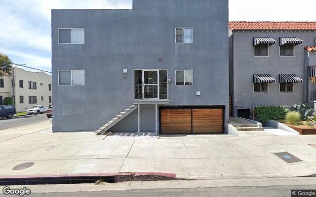 parking on North Spaulding Avenue in Los Angeles