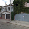 Garage parking on North Vendome Street in Los Angeles