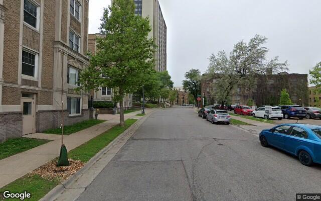 parking on Oak Grove St in Minneapolis