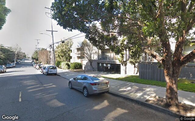 parking on Orange St in Oakland