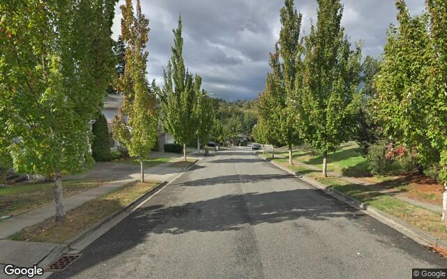 parking on 151st Pl SW in Lynnwood