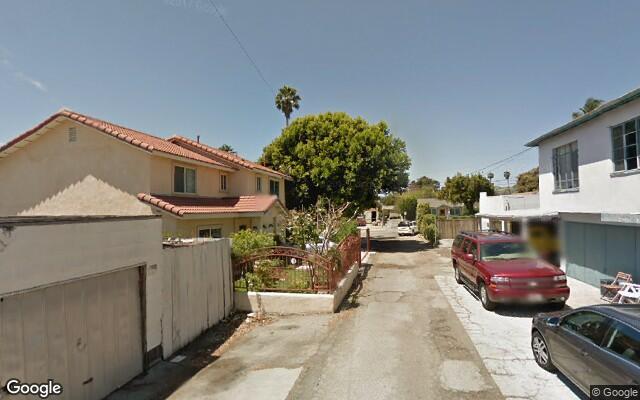 parking on S Santa Cruz St in Ventura