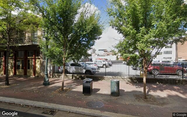 parking on Saint Charles Avenue in New Orleans