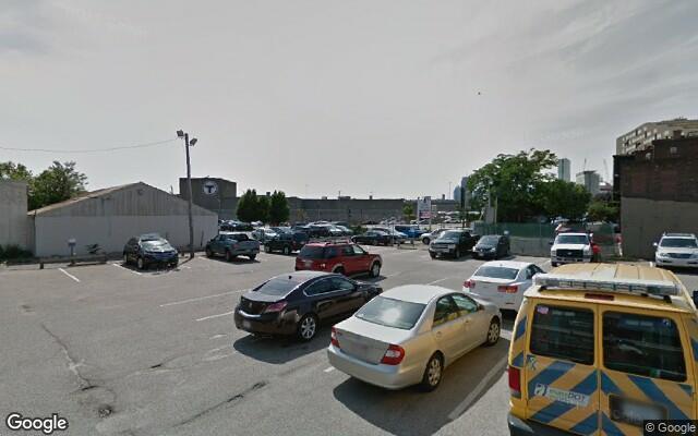 parking on W 4th St in Boston