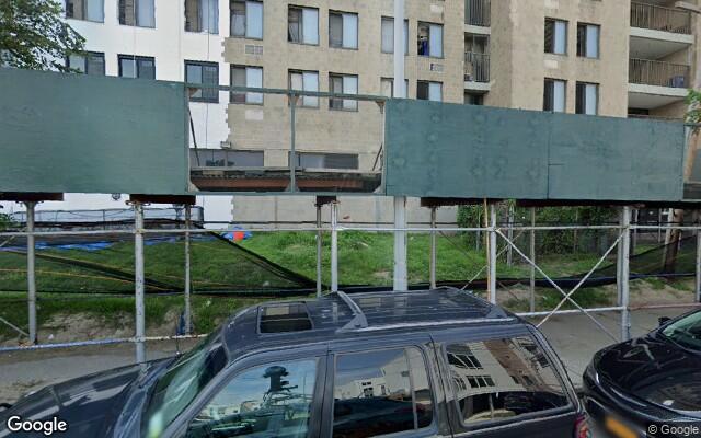 parking on Beach 6th Street in Far Rockaway