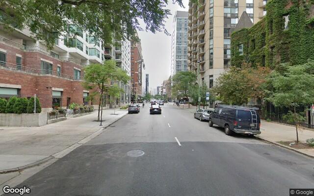 parking on West Huron Street in Chicago