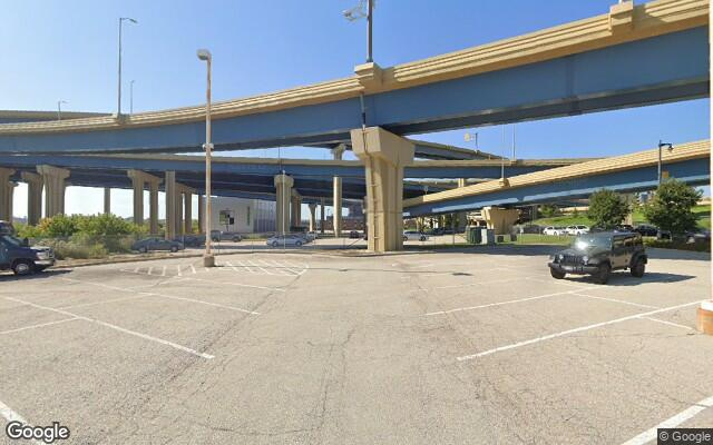 parking on West Saint Paul Avenue in Milwaukee