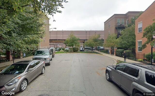 parking on West Scott Street in Chicago