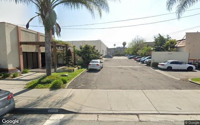 parking on Downey Avenue in Downey