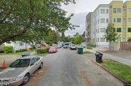 parking on NE 43rd St in Seattle