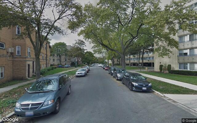 parking on W Farwell Ave in Chicago