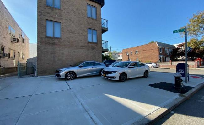 Garage parking on 76-16 69th Road in Queens