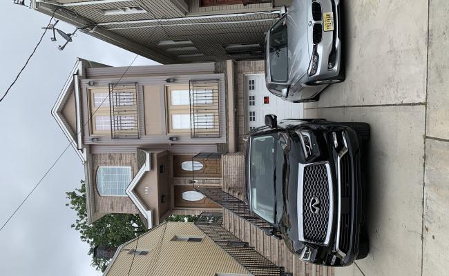 parking on Adams Avenue in Elizabeth