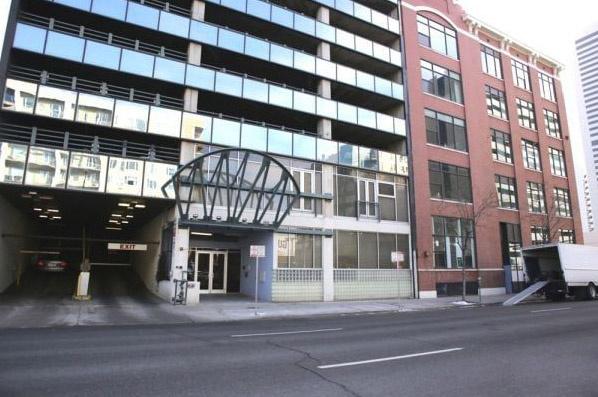 parking on Arapahoe Street in Denver
