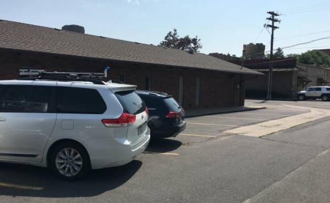 parking on Arapahoe Street in Golden
