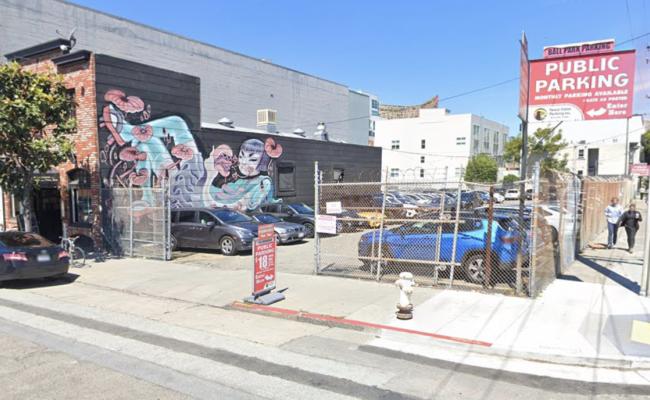 Outside parking on Brannan Street in San Francisco