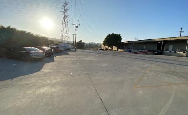 parking on Brazil Street in Los Angeles