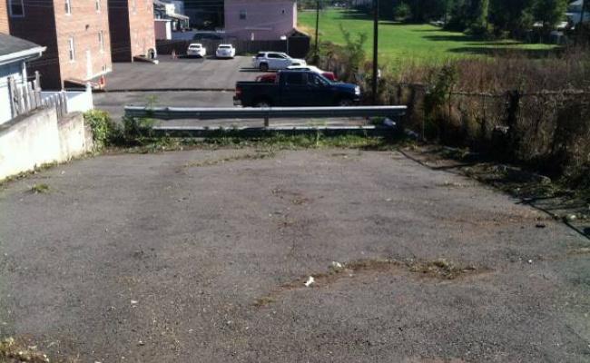parking on Carmer Avenue in Belleville