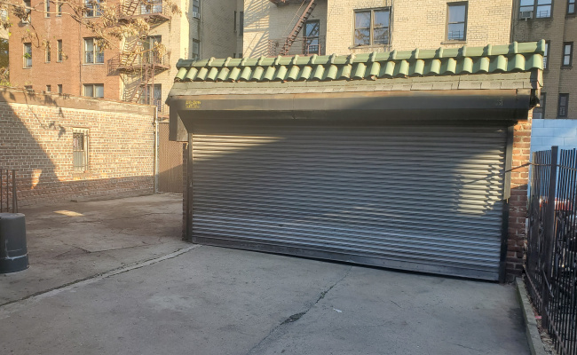 Garage parking on Davidson Avenue in The Bronx