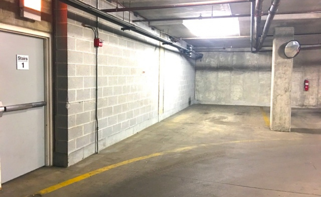 Indoor lot parking on East Cullerton Street in Chicago