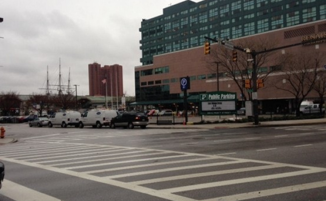 Garage parking on East Pratt Street in Baltimore