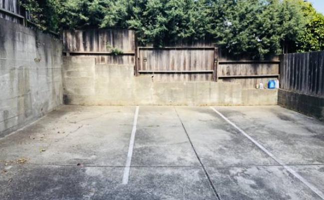 parking on Elizabeth Street in San Francisco
