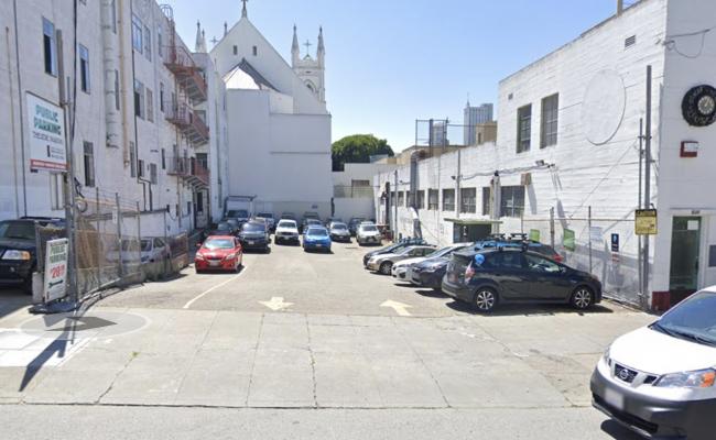 Outside parking on Green Street in San Francisco