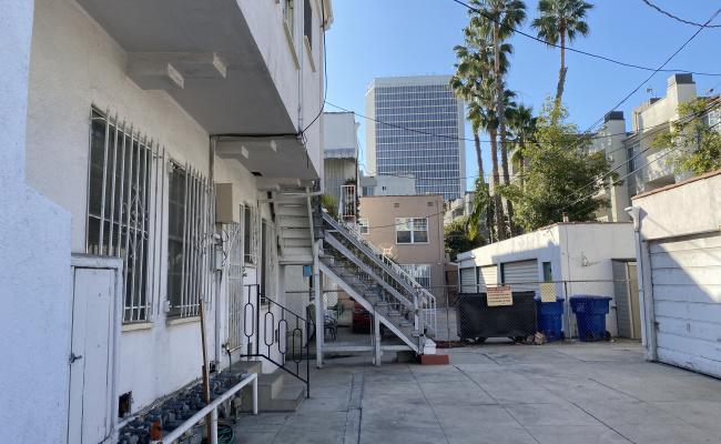 parking on Hauser Boulevard in Los Angeles