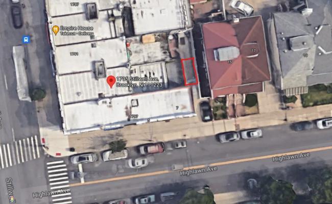 Driveway parking on Highlawn Avenue in Brooklyn