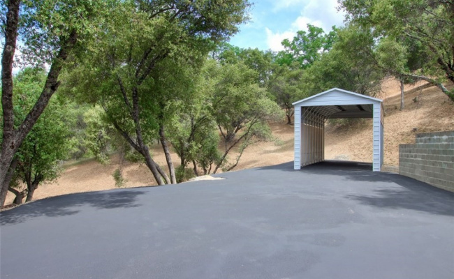 Covered parking on Indian Springs Road in Oakhurst