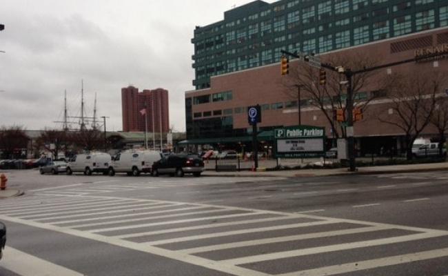 parking on E Pratt St in Baltimore