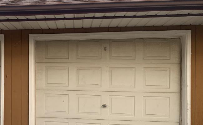 Garage parking on Maple Avenue in Brookfield