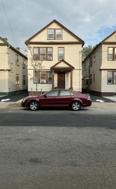 parking on Maple Avenue in Elizabeth