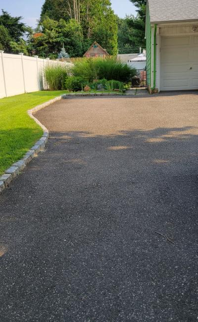 Driveway parking on Marlowe Place in Greenlawn