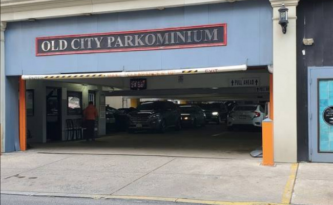 Garage parking on North 2nd Street in Philadelphia