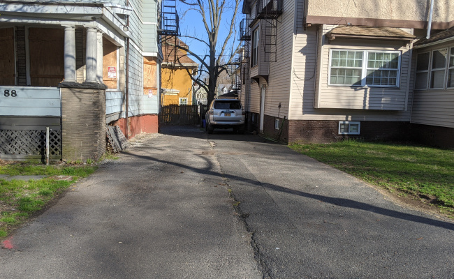 Driveway parking on North Munn Avenue in East Orange